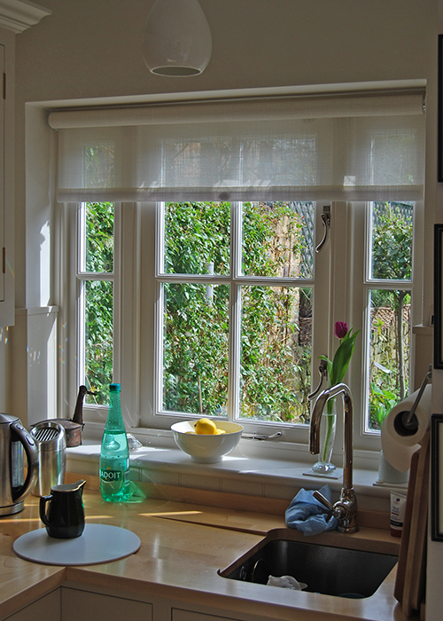 Casement windows with glazing pattern