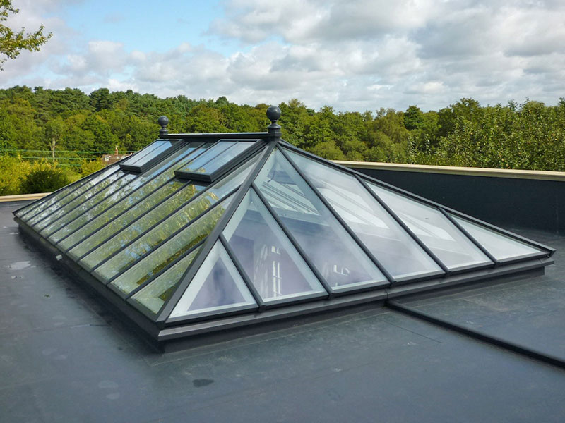 Roof lantern measuring 6000mm x 3000mm