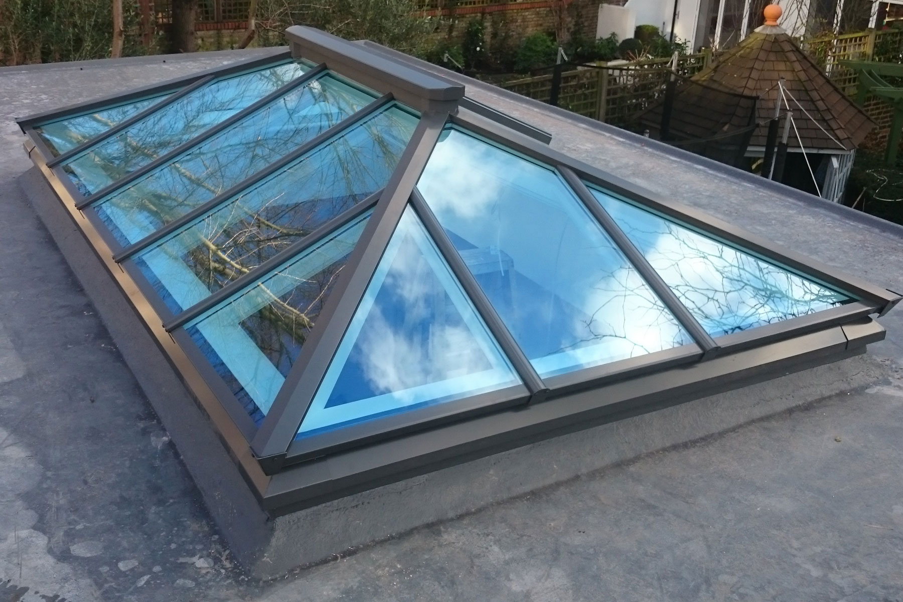 Roof lantern measuring 2750mm x 1660mm