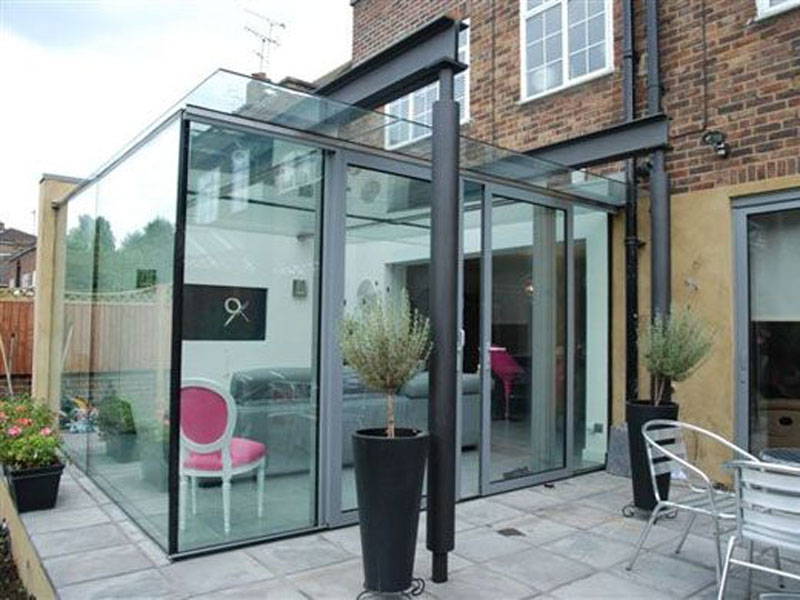 The new conservatory - glass box