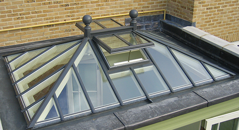 Roof lantern as part of an orangery design